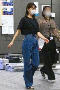 この佐々木希さんが履いてるズボンのことをなんて言いますか? わかる方教えてください!