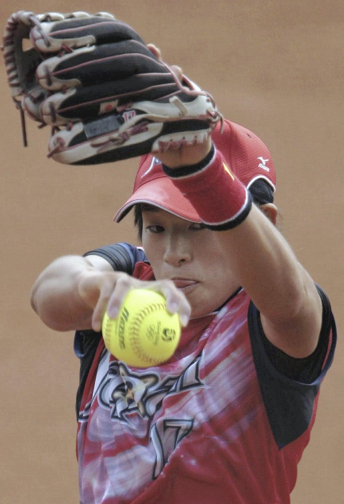 女子ソフトボールの上野由岐子選手は東京五輪で金メダルが取れたら引退すると思いますか? それとも来年からのプロリーグ(JDリーグ)で現役を続けると思いますか?