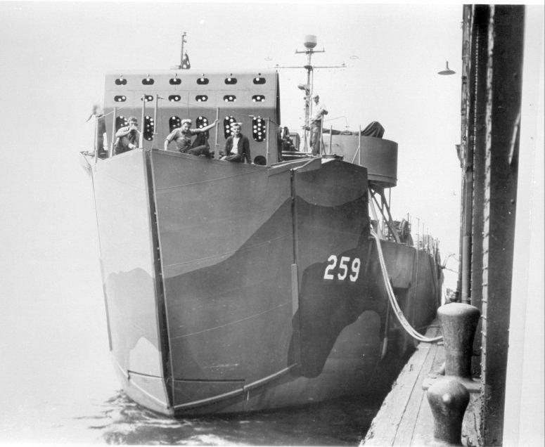 なぜこの揚陸艦(LSM-259)は戦後艀(Barge)に改造されたの?