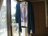 高校生男子です。ファッションについて。 僕は愛知県に住んでいて、洋服は名古屋PARCOに買いに行くことが多くなりました。 少し前にrovtskiさんというブランドを見つけて、惚れ込んでしまいました。 しばしばお...