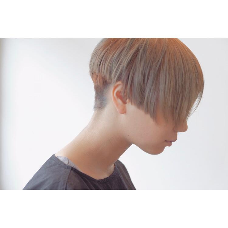 34歳男性でこの髪型は引きますか? ちなみに短大生です。