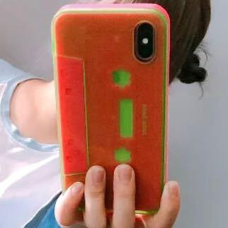 このiPhoneケースどこのやつか分かる方いたら教えてください。