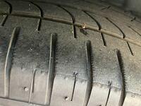タイヤの外側の溝も1.6ミリないと車検に通らないんでしょうか? 画像のタイヤはまだいけそうですか?