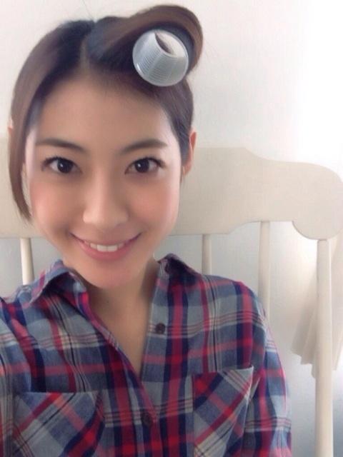 女優の瀧本美織ちゃんは好きですか? (^。^)b