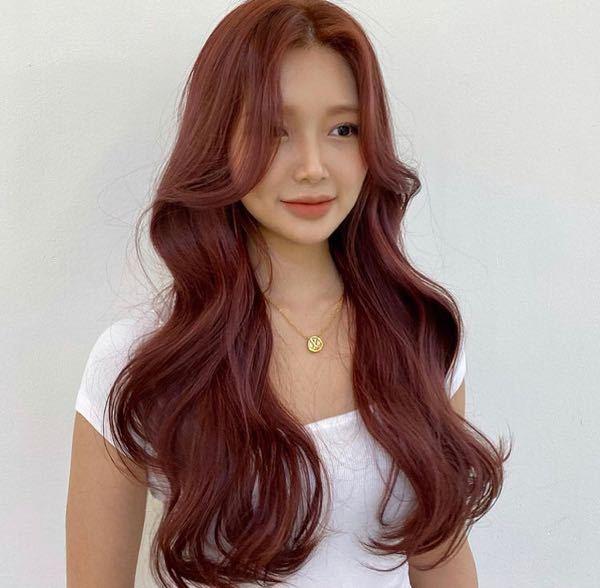 こういう髪色は、ブリーチなしでも出来ますか? また、ブリーチが必要なら、何回くらい必要ですか?