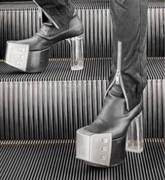 この靴ってどこのブランドかわかりますか?