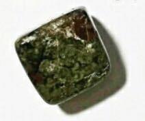 ケアル様 この石はユナカイトでしょうか?