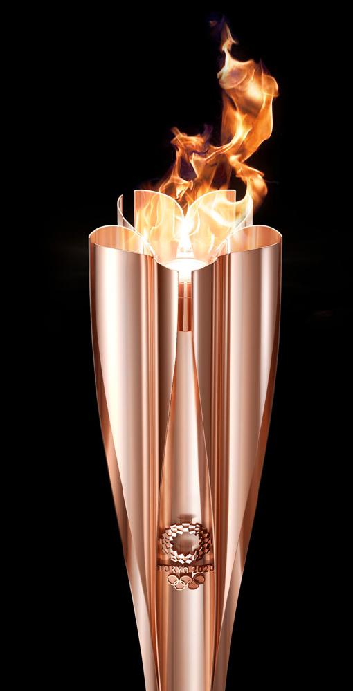 東京オリンピック2020のトーチの燃料は水素燃料で煙が全く出ないので何か味気ない。 1964年のトーチは煙が出ており良かったと思います。 質問は1964年のトーチは何を燃焼させていたのですか?