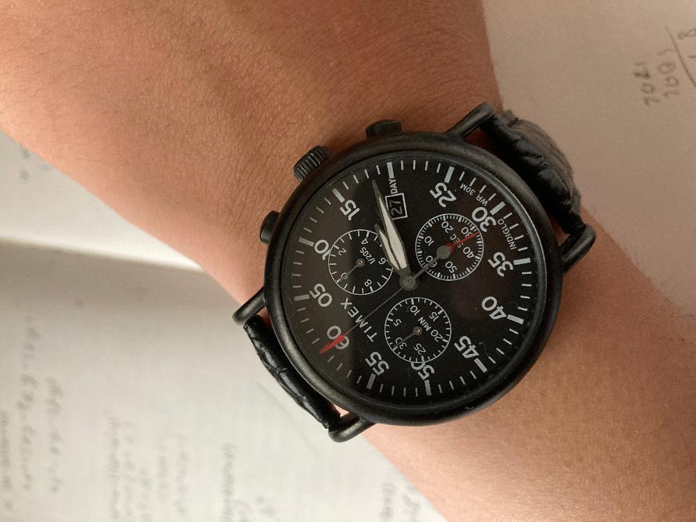 高校生以上の男子に質問です。 普段TIMEXの腕時計をしているのですが、そろそろ新しいのを購入してみたいなと考えています。 今のところの候補としてはGショックのGW-M5610BB-1ERやGBD-200がいいかなと考えています。 別にGショックにこだわる必要はないですけどね笑笑 皆さんのおすすめの腕時計を紹介してください。 自信が愛用しているものでも構いません。 予算は2万円まででお願いします。