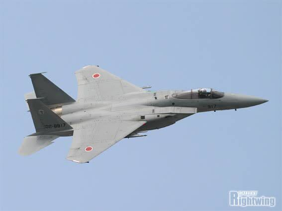 F-15などの現代の戦闘機の風防に防弾ガラスは使われていますか?