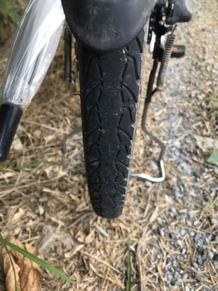 電動アシストの後輪タイヤですが、これはスリップサインでしょうか?