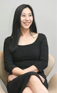 三浦瑠麗さん。彼女の話し方(イントネーション)って長く日本に住んでる中国の人って感じがしませんか?僕はずっと「できる中国の人だ」と思ってました。名前の漢字の画数の多さも加えて。笑
