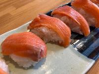 スーパーで刺身買って 家で刺身を切り寿司作ったのですが 見た感じいかがでしょうか