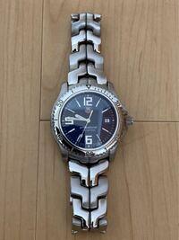タグホイヤーのこの腕時計は何ていうシリーズなんでしょうか? 10年前に中古で購入し、もう廃盤になっているようです。