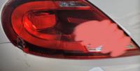 車の左のテールランプをぶつけて割ってしまいました。 いくら位修理費用がかかるでしょうか?  このまま乗っても問題ないですか?