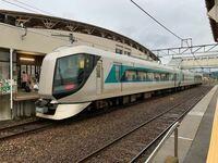 東武特急の会津若松駅乗り入れはこの先実現すると思いますか? 名鉄キハ8500系は浅草乗り入れを期待して導入されましたが気動車免許の関係で乗り入れできず。 しかし技術的にはHC85系なども出てきましたので可能性も出てきましたよね。