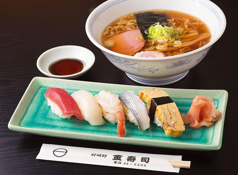 おはようございます 皆さんは お寿司とラーメン どちらが好きですか??