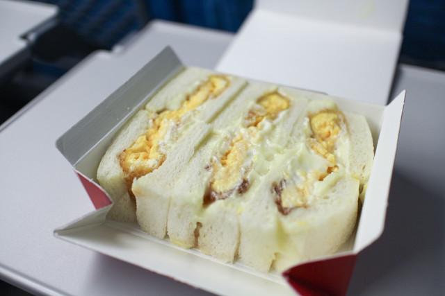 おはようございます 皆さんは サンドイッチは好きですか??