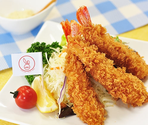 エビフライはできればナイフ&フォークで食べたいですか? (^○^)b