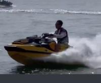 水上バイクどうですか? 淡路島で逝ったみたいですが