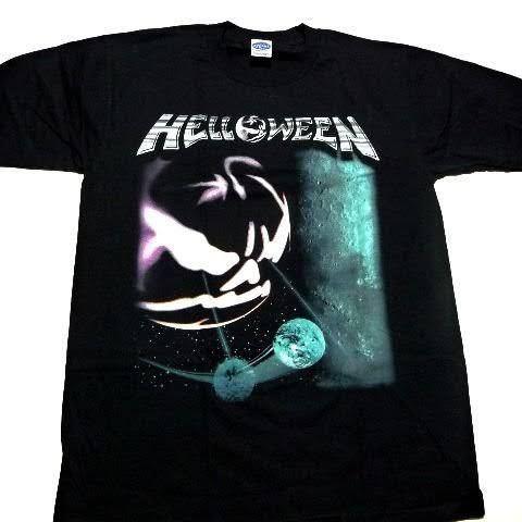 このTシャツの購入検討中なんですけど、このデザインについてどう思いますか? 至急お願いします