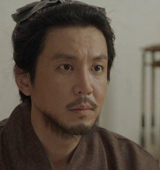 この韓国の俳優さんに似てる日本の俳優さんが思い出せません。 比較的若い俳優さんだった気もするんですけど……