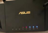 Wi-Fiルーターを新しく買い替えて、接続に挑戦しているのですが、うまくいかず 何が何だかわかりません。 調べてみて、赤ランプが付いているからWi-Fiが繋がらないことが分かりました。 赤ランプを青ランプに変えてWi-Fiを使えるようにするにはどのようにすれば良いでしょうか。 無知で申し訳ございません。 どなたか心優しい方、簡単に教えていただけると幸いです。