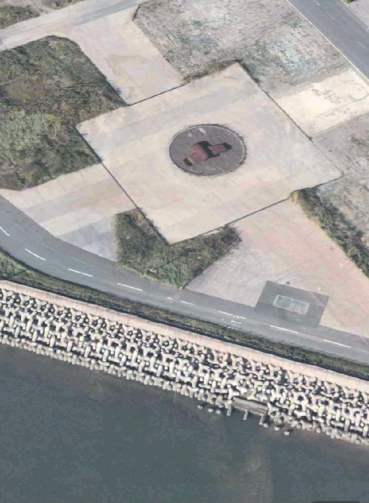 羽田空港の34L滑走路の海側の近くにある画像の残骸のようなものの正体はなんですか?
