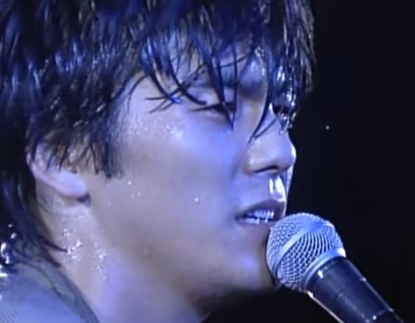 尾崎豊さんの曲、フォーゲットミーノット好き('_'?)