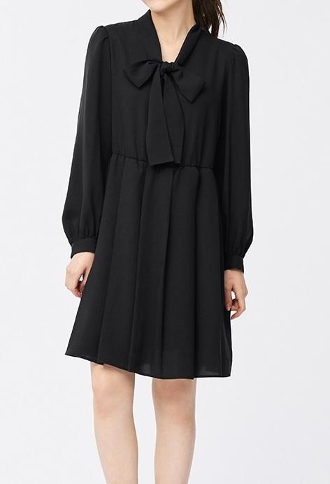 この服は地雷系っぽいですか?