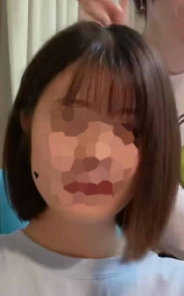 丸顔で首が短めなのですがこれくらいの髪型はやはり似合わないのでしょうか。 この髪型が可愛いので切りたいのですが心配なので教えていただける方お願い致します。