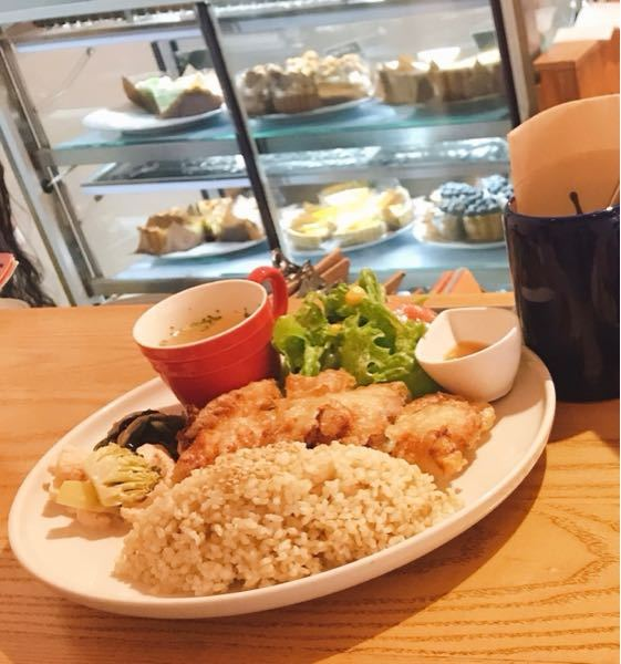 名古屋の洋食店に行ったのですが、店名が思い出せません…。分かる方いますか?周りにお店があんまりない、ひっそりした場所にあった記憶があります。