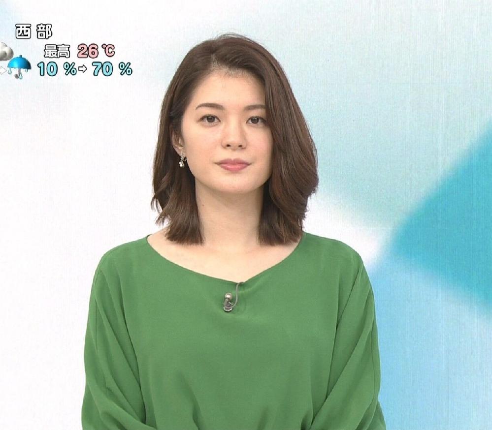 質問です。 1.川崎理加アナ、緑のトップスに黒のスカートは素敵でしたか? 2.今朝の可愛さ度は如何でしたか(100点満点で)? (◆danさん用◆)
