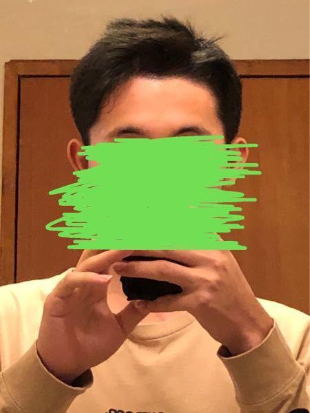 初めて自分で髪をセットしたのですが、これは変ですか?