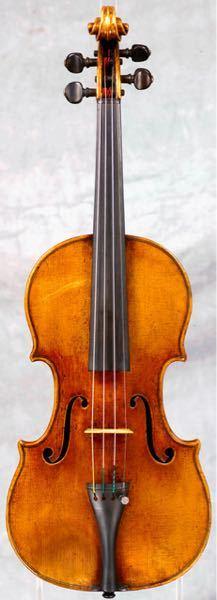 ストラディバリウスの価値 - 例えば、ストリートで、ヴァイオリンを演奏している人が、ストラディバリウスを奏でていたとしましょう。 街行く人々の中に、プロのヴァイオリ二ストが居たと仮定して、その演奏を耳にして、 「なんと!これは、ストラディバリウスではないか!!」 などと気づくことは出来るでしょうか? 持論ですが、ストラディバリウスの音を聞き分けられる人など、極々一握りだと思うのです。 皆、先入観で、歴史の重みと、骨董品としての価値を有難がってるだけなのだと思うのです。 違いますか? 生音を是非、聴き比べたいものです。 ブラインドテストで。