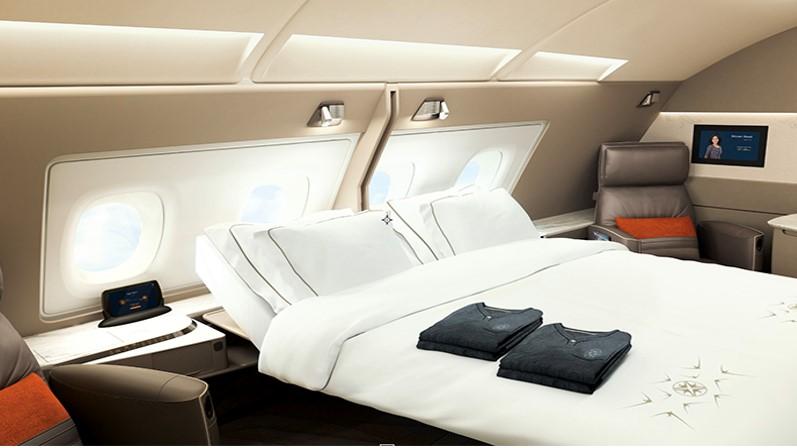 保健室のベッドがこんな感じなら良いと思いませんか?(シンガポール航空B380のスイートクラスです)