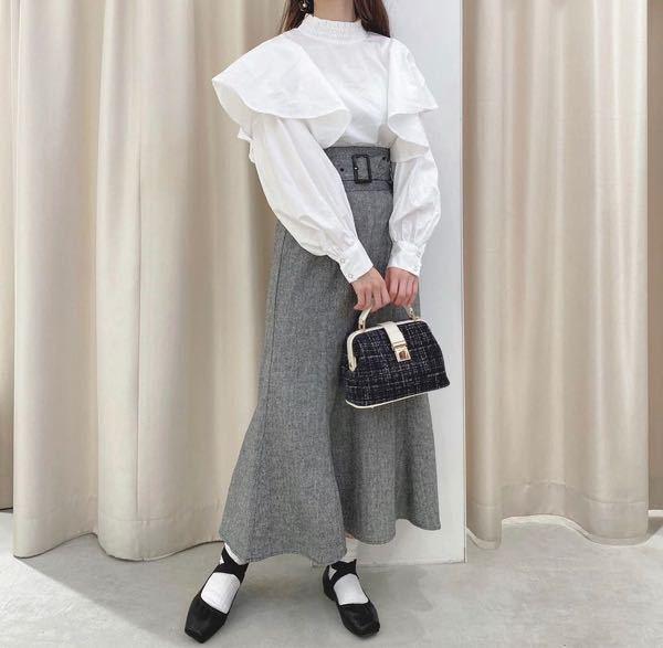 このマーメイドスカートを骨格ストレートが着たら事故りますか、、??