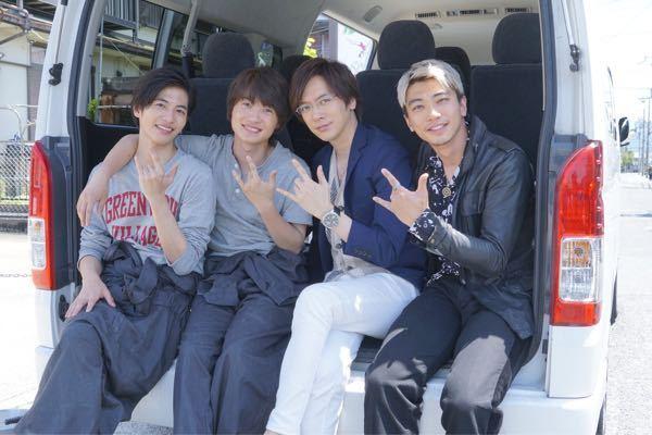 映画「フォルトゥナの瞳」で、宇津井和幸役のDAIGOさんと一緒に居た、写真の右端の金髪の人って誰ですか? 分かる方教えて下さい<(_ _)>