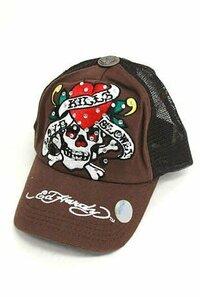 エドハーディーのようなキャップ型の帽子で安めなものを探しています。 柄は出来ればスカルがいいのですがよい通販などないでしょうか?
