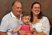 娘が実の父の子供を出産。でも遺伝的な障害がない・・・ 「南オーストラリア州在住のジェニー・デイビスさんは、30年間離れて暮らしていた父親と再会した後、父親と 性的関係を持ち、妊娠。その後、女児を出産...