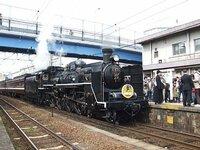 新幹線と電車どっちが好きですか? 僕は、新幹線かな! 新幹線は、日本一早いから!