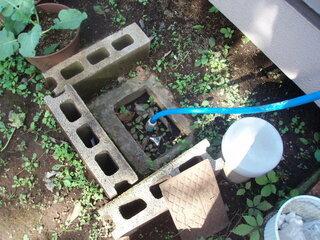 散水栓,砂利,排水,立水栓,水栓柱,ご指導,止水栓
