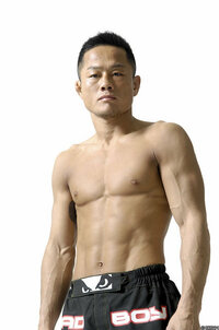 総合格闘家みたいな筋肉をつけたいんですが、ボディービルダーみたいに ...