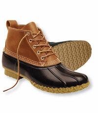 「L.L.Bean」の、「ビーン・ブーツ」は、 冬の雪道でも、ソールは滑らないですか?   雪国、道路、徒歩、歩き、スノーシューズ、アウトドアー、